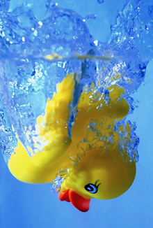 rubber-duck-sinking