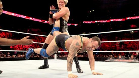 Og du gjør narr av hvordan jeg snakker  Santino?!? (WWE)