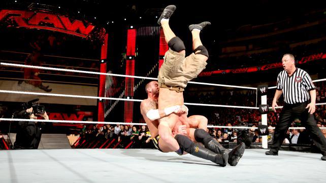 Break a neck (WWE)