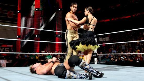 """Aldri har """"Jeg skal danse på graven din"""" vært en så passende trussel (WWE)"""