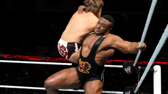 På den andre siden.  Big E er og blir en favoritt! (WWE)