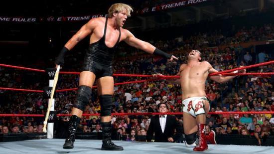 Jeg er svært skeptisk til denne mannen av sannsynlig latinamerikansk herkomst! (WWE)