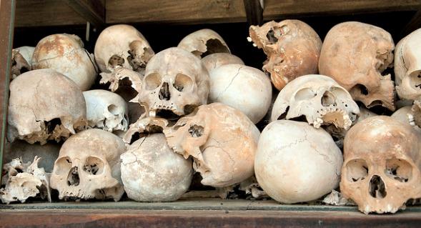 Fra minnesmerke over dødsmarkene i Kambodsja