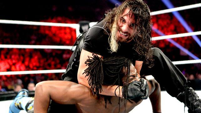 Shield: Får selv en grunnleggende chinlock til å se farlig ut. (WWE)