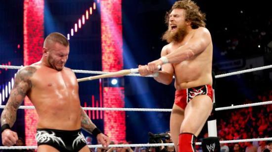D-Bry har sommerjobb som Trollslayer (WWE)