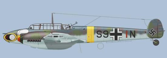 Bf110C fra 5./SKG210. Vepsemotiv i ulike varianter gikk igjen på flyene til denne enheten.