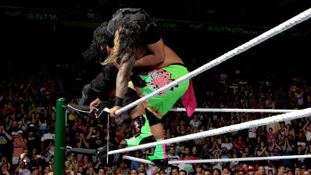 Samoan drop  fra 2. ringrep (WWE)