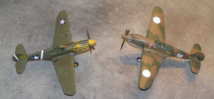 "Sammenlikning med ""storebror"" P-40B'en i kinesiske farger fra Airfix"