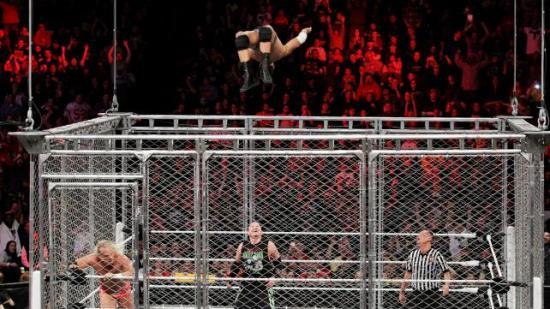 Nei Cody, ikke gjør det.  du har så mye å leve for! (WWE)