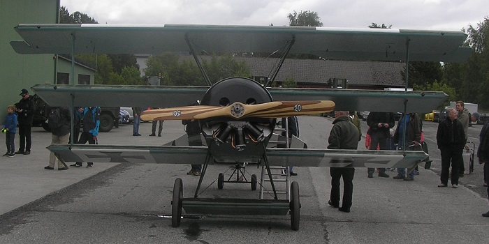 Fokker Dr 1. Var også på vingene.  Dog uten den røde baron ombord.