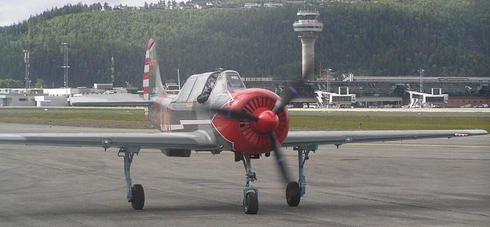 ..og en til, en Yak 52