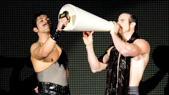 Simon Gotch og Aiden English (NXT)