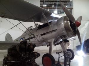 En norsk kjenning:  Gloster Gladiator,  Norges mest avanserte jagerfly ved invasjonen i 1940.