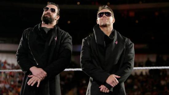 Som to dråper vann (WWE)
