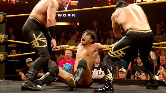Neinei, ikke mobb kameraten min! (NXT)