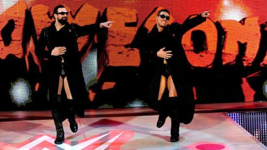 Brothers for a different mother (WWE)