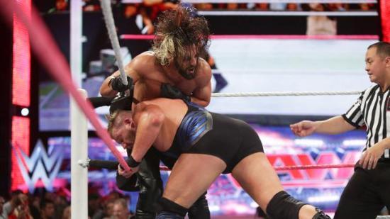Swagger traff Rollins så hard at frisyren til Seth eksploderte (WWE)