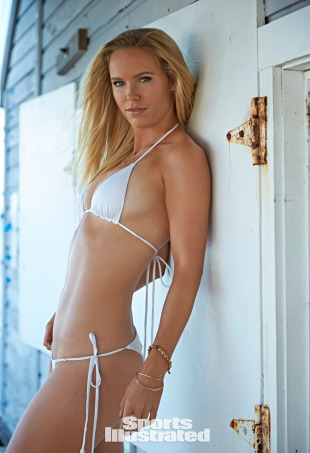 Antrekk: Tavil Swimwear (Sports illustrated)
