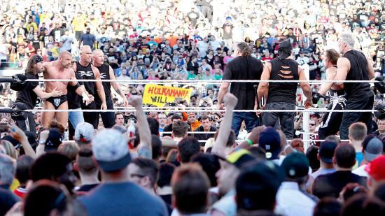 """""""Så, blir noen med å tar en øl, etterpå eller?"""" (WWE)"""