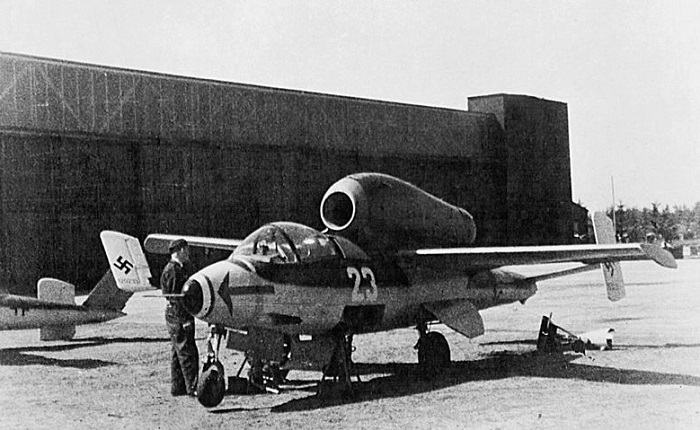 He162A  (Wikipedia)