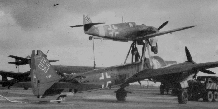 Bf109/Ju88 Mistel  (wwiiaircraftphotos.com)