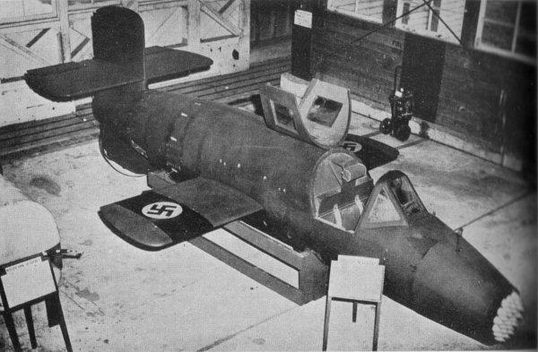 Ba349 vist frem i USA etter krigen (Hakekorsene på vingene er malt på i ettertid og er ikke autentiske tyske markeringer)  (Wikipedia)
