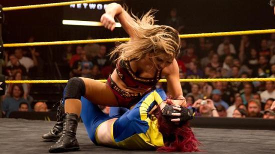 """""""Snart kommer fjeset ditt til å matche buksedrakten din. Happy fuckings birthday!"""" (NXT)"""