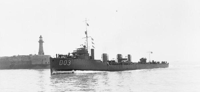 HMS Crusader fotografert på patrulje ved Dover (Foto: IWM)