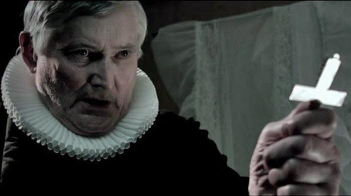 """""""Kvinnelig biskop? Er du faren fra vettet gut?"""""""
