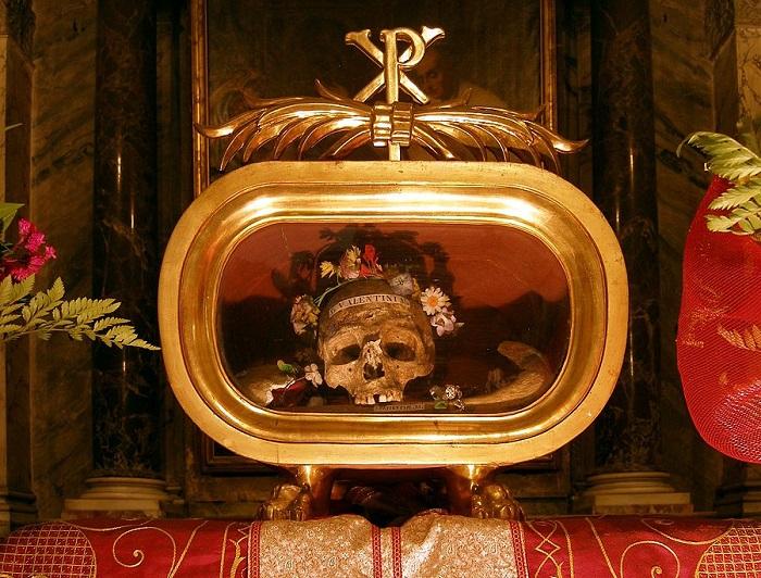 rom_santa_maria_in_cosmedin_reliquien_des_hl-_valentin_von_terni